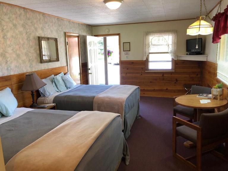 Spring Creek Inn