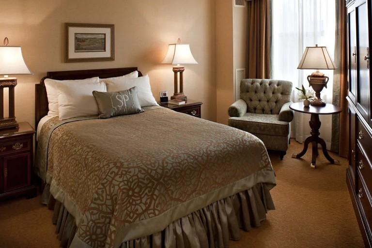 The_Saint_Paul_Hotel