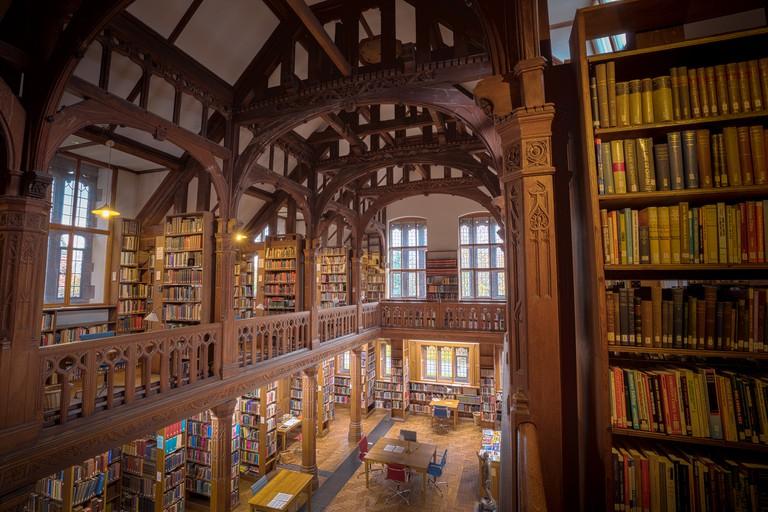 Gladstone_S_Library_(187351035)