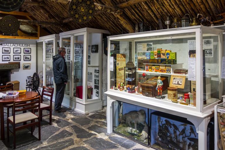 Glencoe & North Lorn Folk Museum in restored cottage with thatched roof, Lochaber, Scottish Highlands, Scotland, UK
