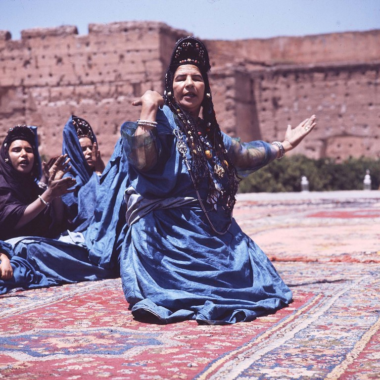 Berber women performing a traditional dance | © Sanhaja