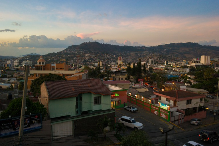 Sunset in Tegucigalpa, Honduras | ©Nan Palmero / Flickr