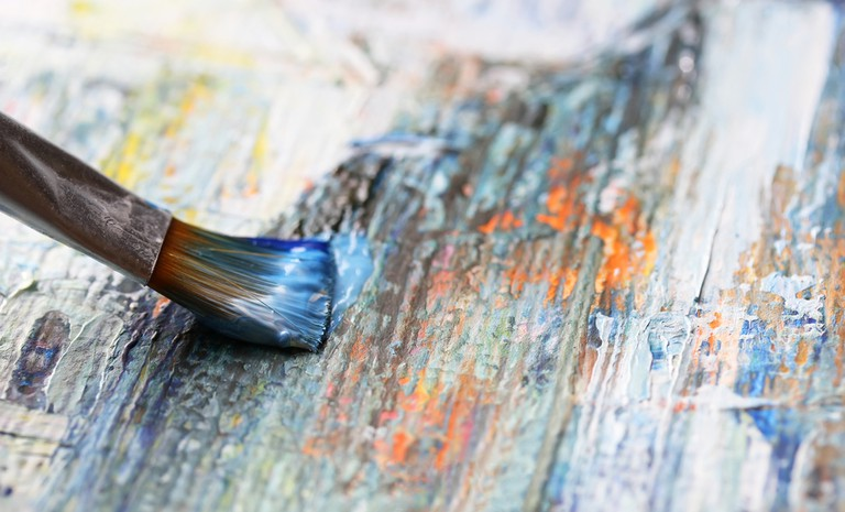 Closeup of brush and palette | © Denis Kuvaev/Shutterstock