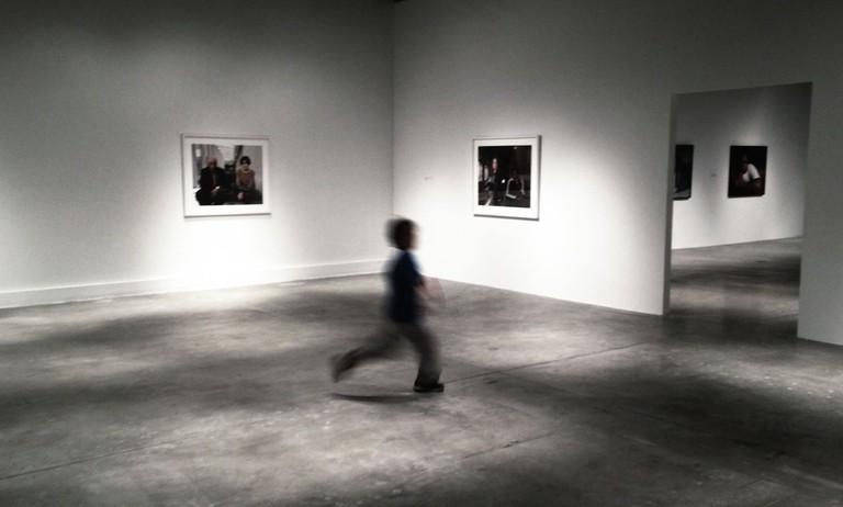 art-gallery-946779