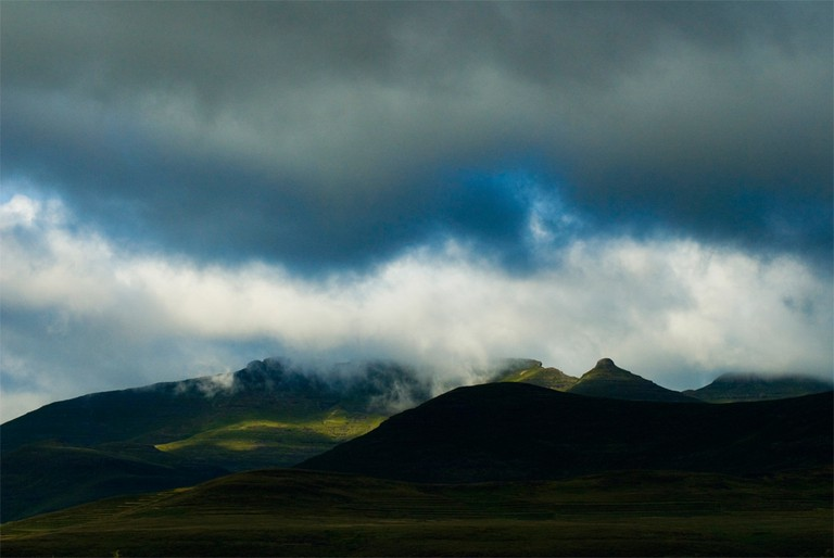 Stormy clouds gather over mountains, Lesotho | © Meri Hyöky Photography