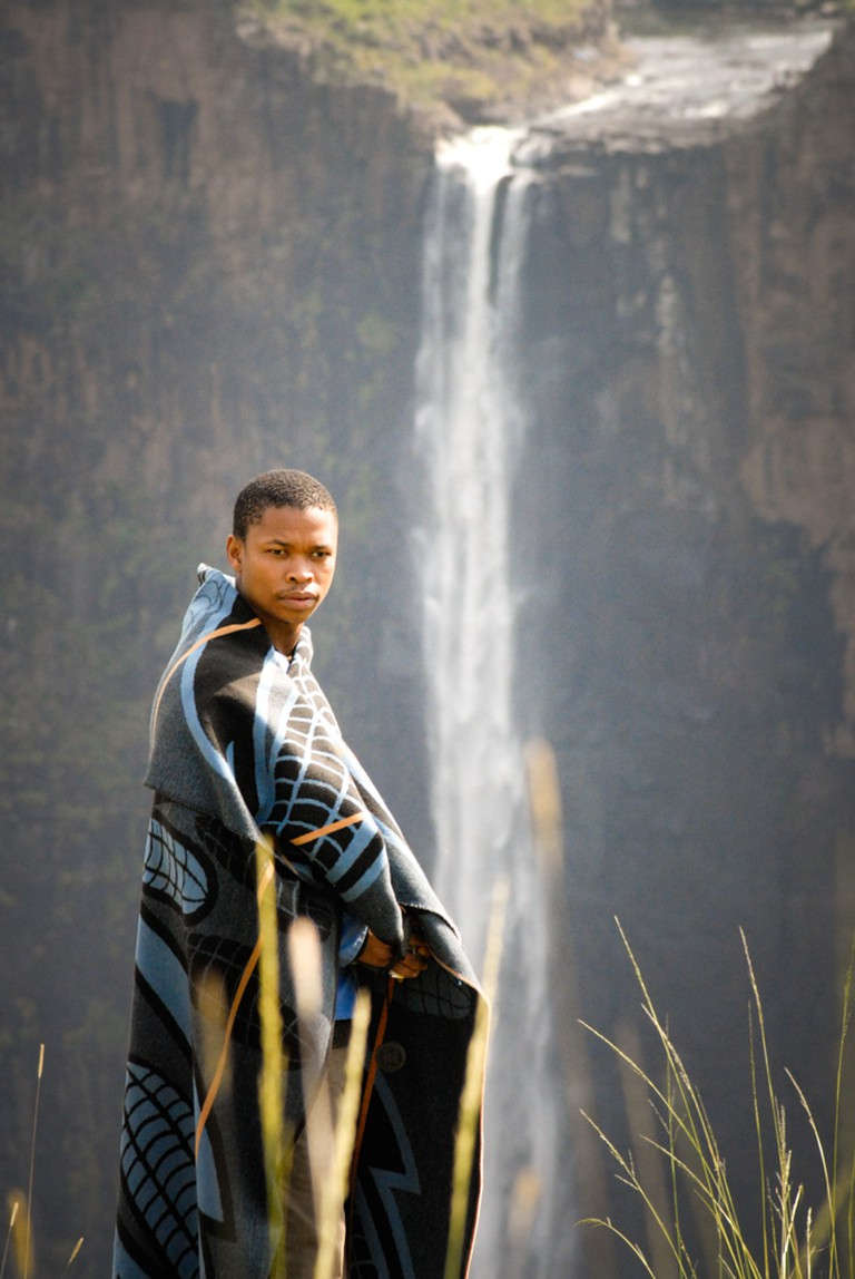 Zenzo Ngqobe during the filming of The Forgotten Kingdom in Lesotho | © Meri Hyöky Photography