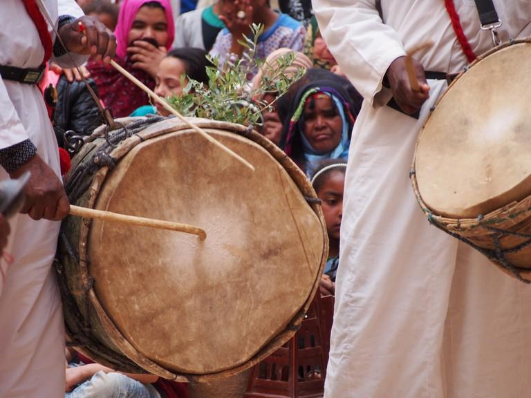 Drums in Morocco |© t_y_l/Flickr