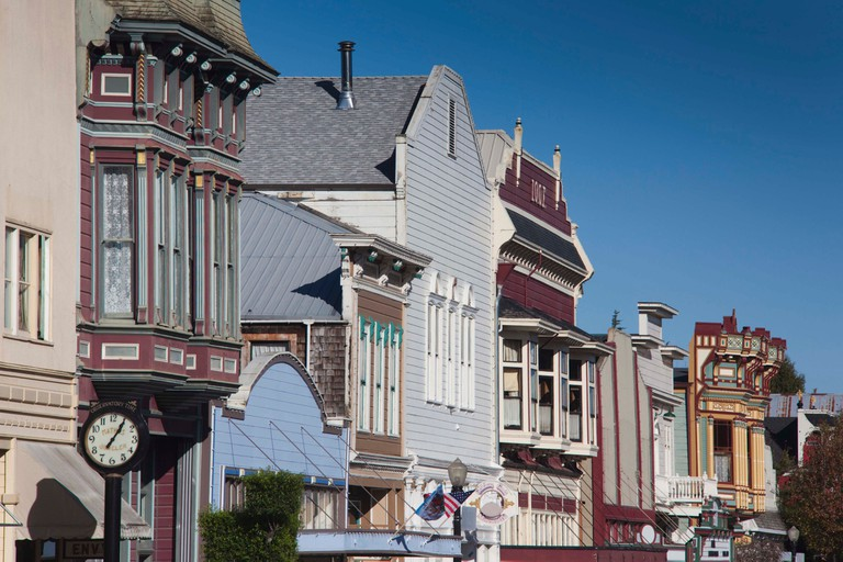 USA, California, Northern California, North Coast, Ferndale, Victorian-era buildings, Main Street