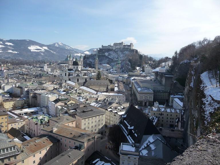 Panoramic View from the Moenchsberg of Salzburg City | © Reisender1701 / Flickr