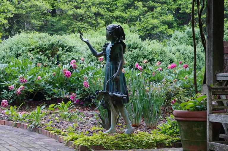 Deen Day Sanders' Garden in Duluth, Georgia @ Carol Norquist/Flickr