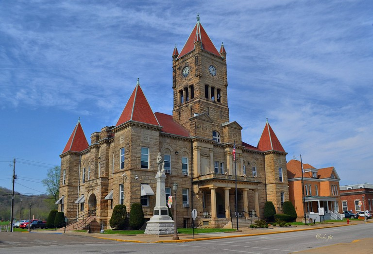 Wetzel County Courthouse in New Martinsville, West Virginia