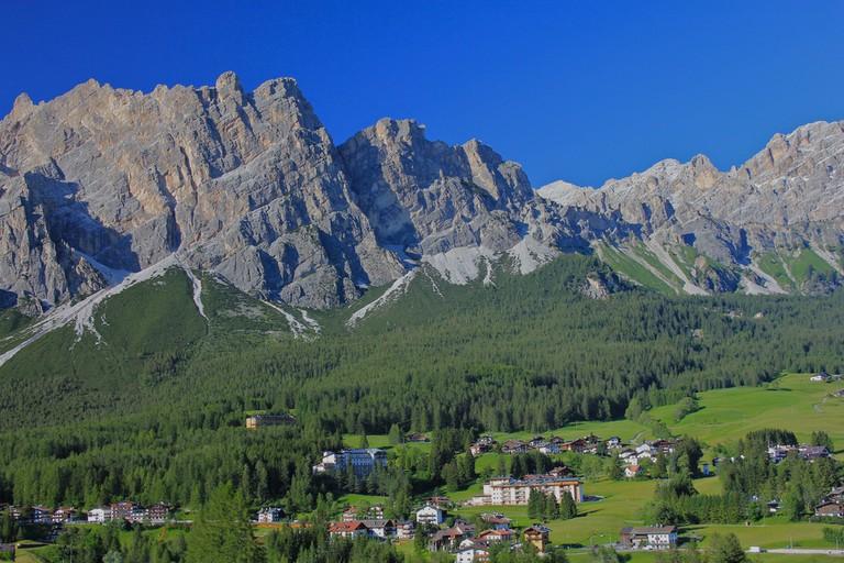 Cortina d'Ampezzo, Italy © Navin Rajagopalan/Flickr