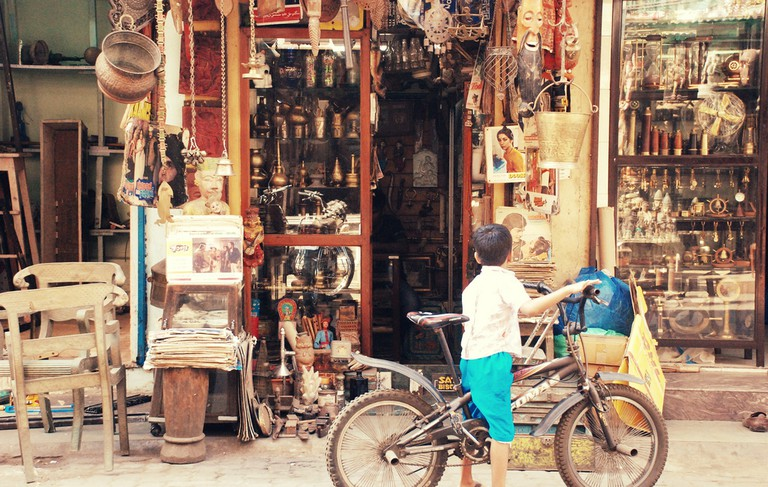 Chor Bazaarcurio shops | © Mathanki Kodavasal / Flickr