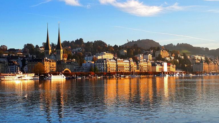 Lake Lucerne, Switzerland © Pixabay