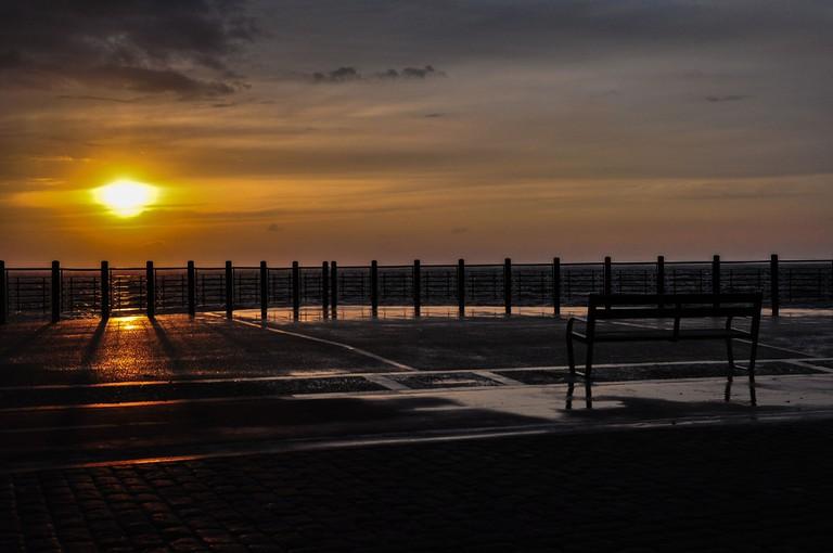 Watch the sunrise after a long night in San Sebastian's many bars   © Gabriel González/Flickr