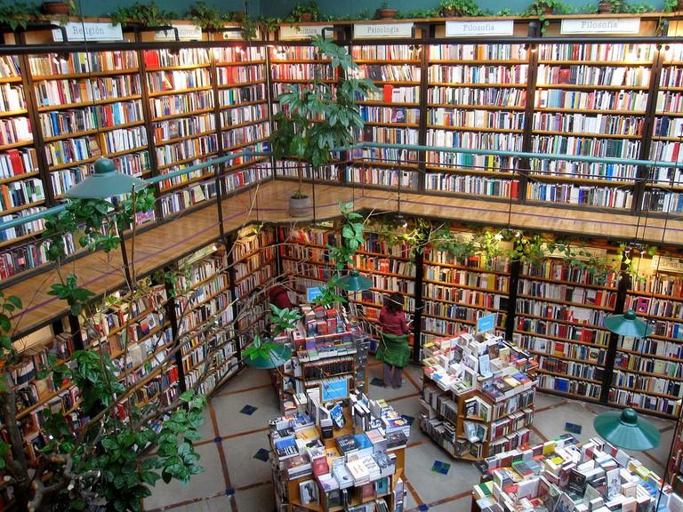 El Pendulo Bookstore |© Quinn Comendant/Flickr