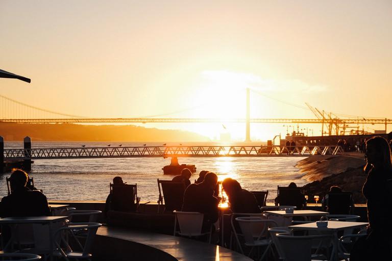 Watson -Portugal- Lisbon - Lisbon's riverside Cais do Sodré3