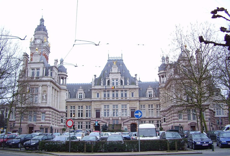Saint Gilles's city hall I en2 @ Wikicommons.com