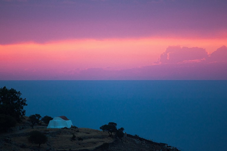 Watching the Twilight in Patmos © Yiannis Theologos Michellis/Flickr