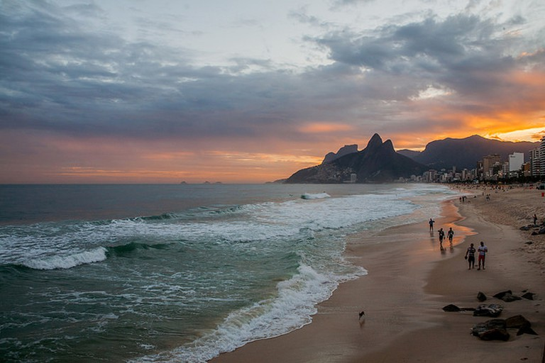 Ipanema beach, Rio de Janeiro, Brazil I ©sandeepachetan.com travel photography/Flickr