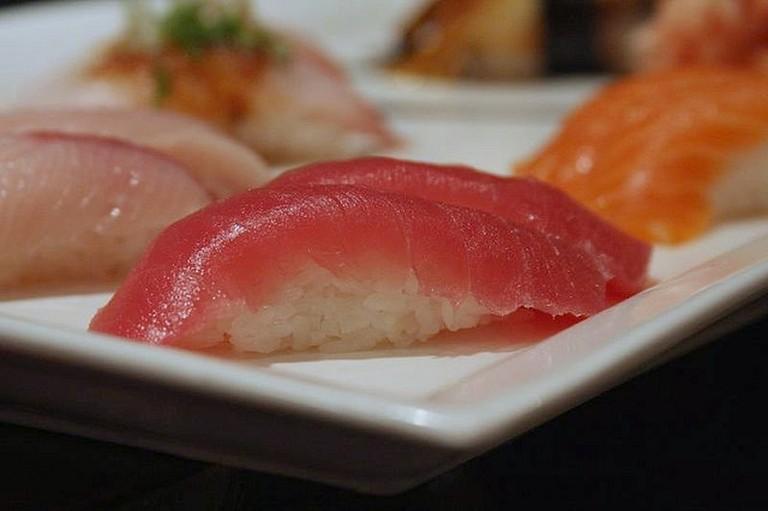 Tuna Nigiri © www.bluewaikiki.com/Flickr