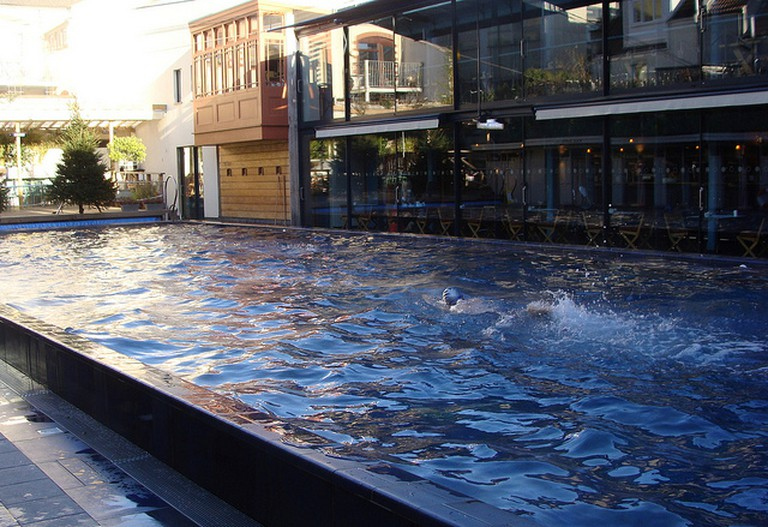 Clifton Lido and restaurant