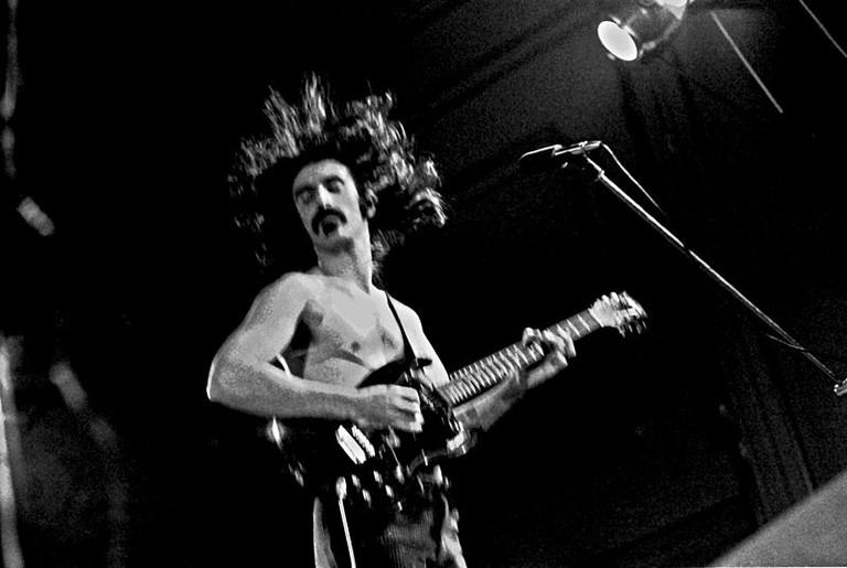 Frank Zappa in full glory