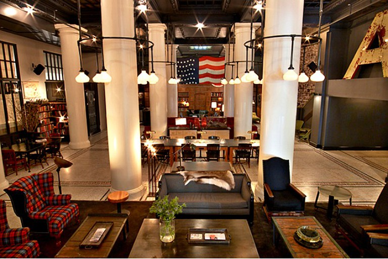 Ace Hotel Lobby | © Eric Laignel