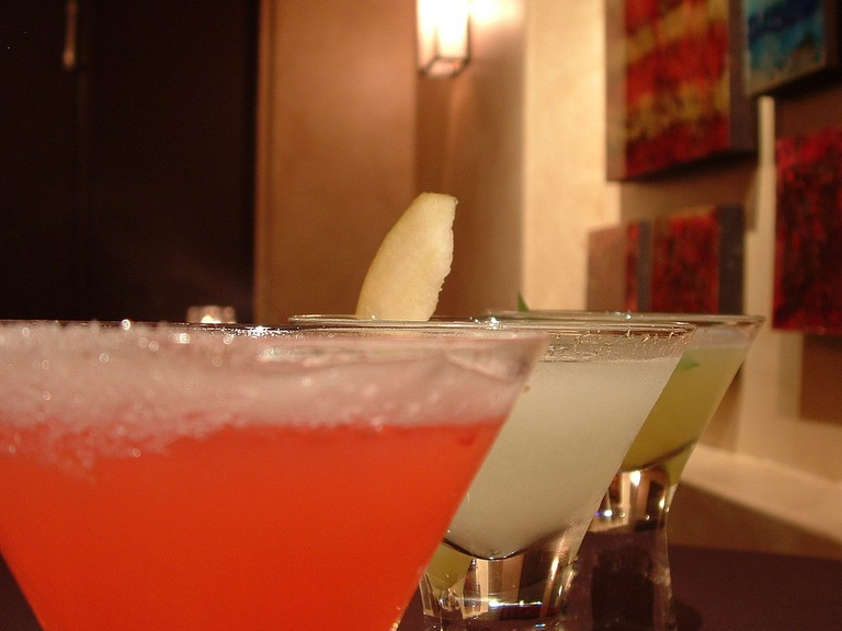 Cocktails © ambernambrose/Flickr