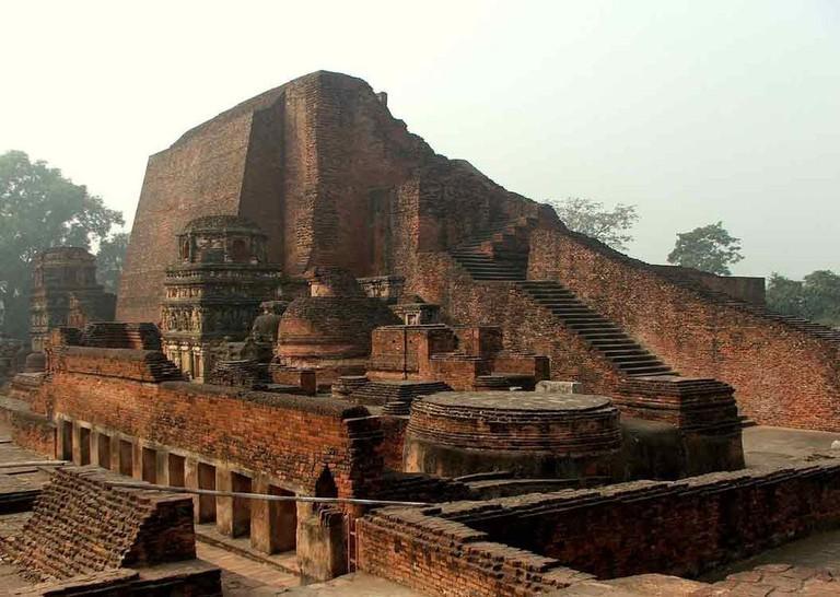 Famed Buddhist Nalanda University ruins © Wonderlane/WikiCommons
