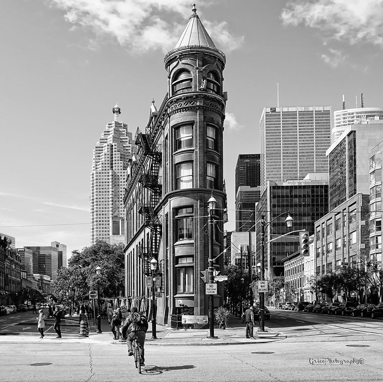 FlatIron Building Toronto | © William B. Grice/WikiCommons