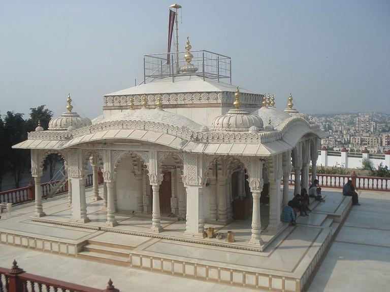 Jain Pavapuri Jal Mandir Katraj Pune © Sanket Oswal/WikiCommons