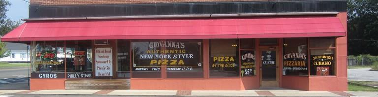 Giovanna's | Courtesy of Giovanna's Pizzaria