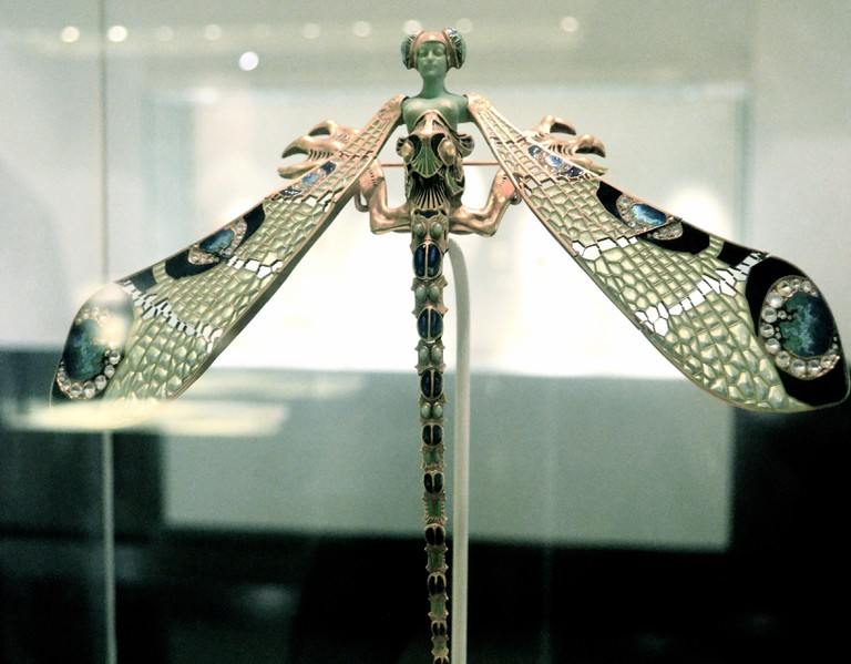 Pectoral 'dragonfly' brooch, c. 1897-98, worn by Sarah Bernhardt, Museu Calouste Gulbenkian