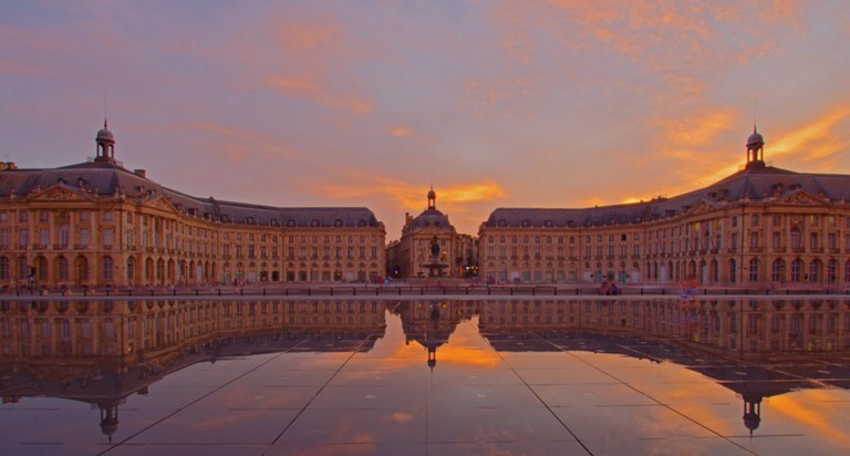 Place de la Bourse Reflection | © Paul Turner/Flickr