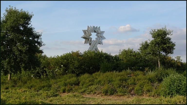 Triple Star Head at Furzton Lake, Milton Keynes