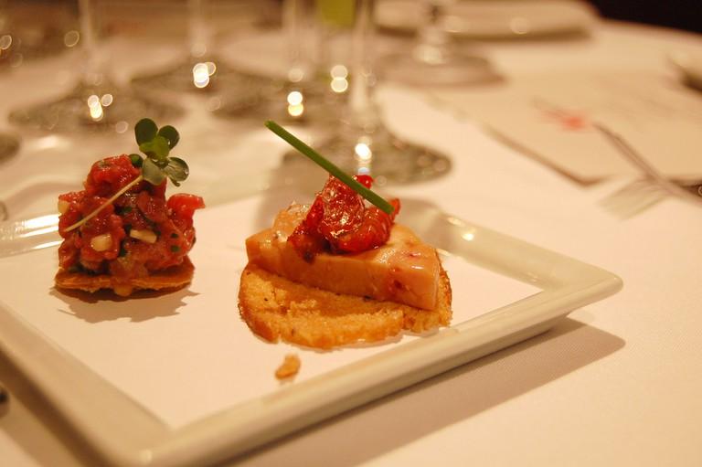 tartar and foie gras torchon © stu_spivack/Flickr