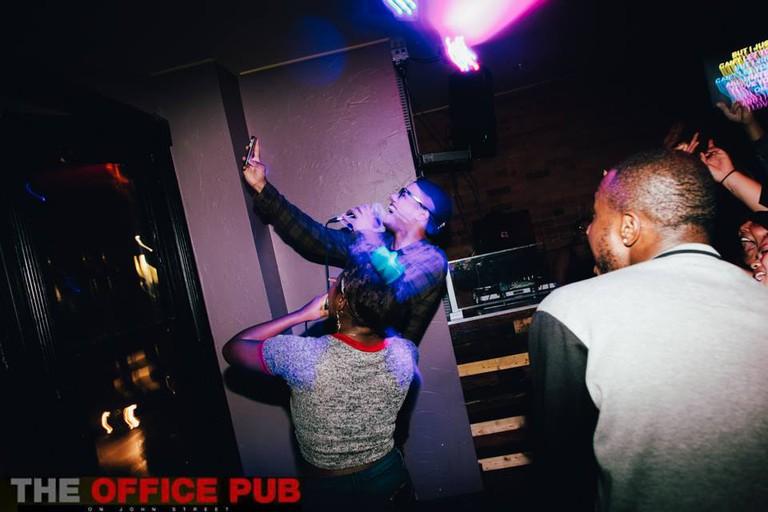 Karaoke-selfie | Courtesy of The Office Pub