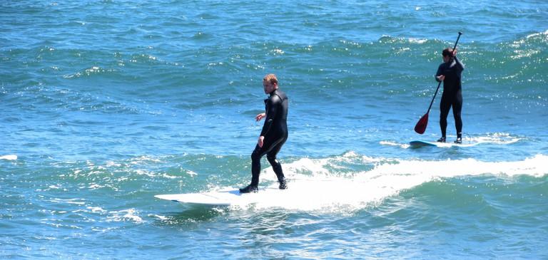 Surfing © Kristy Murphy/flickr