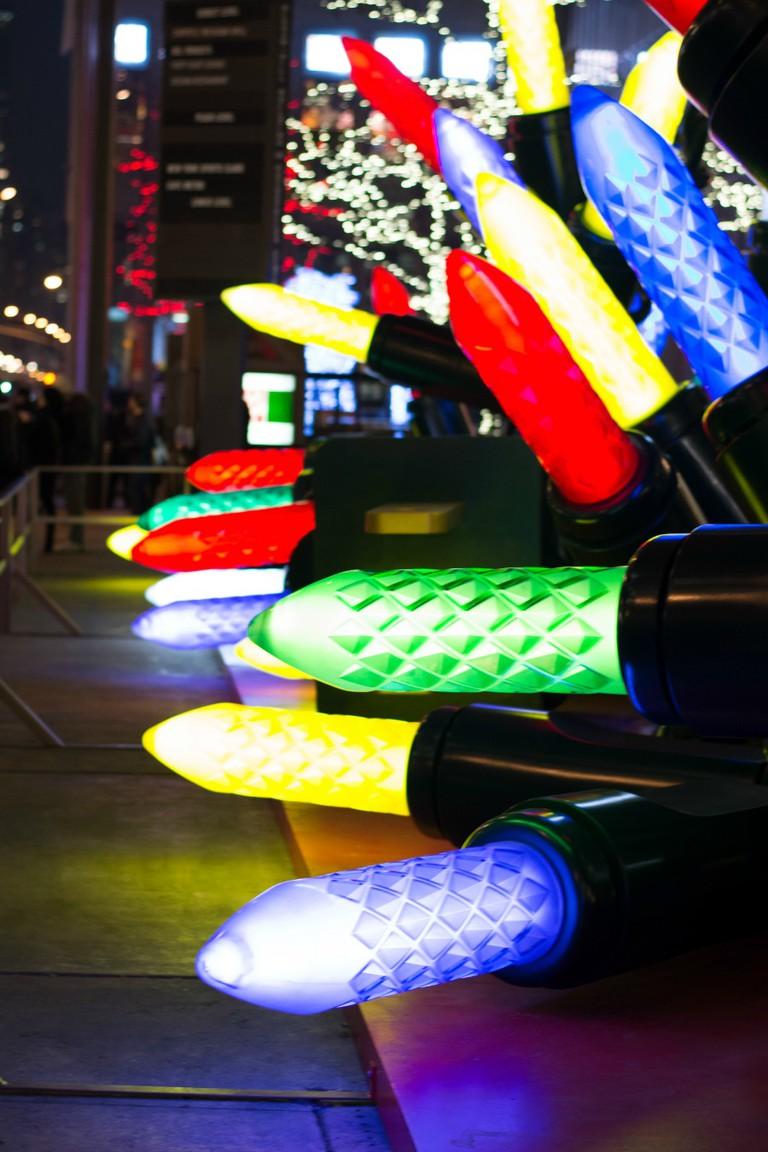 Christmas Lights on 6th Avenue | © Kazuko Oguma/Flickr