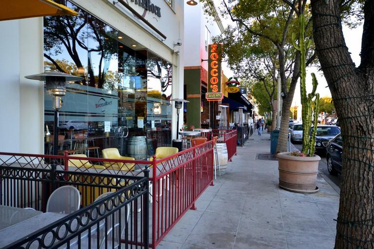 Rocco's Tavern, Main Street ©Tracie Hall