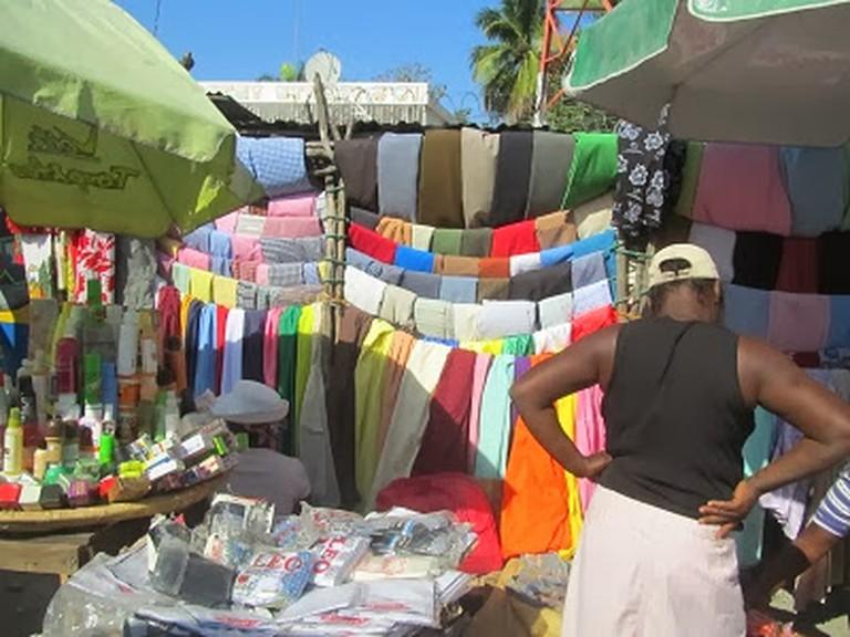 A street market in Port-au-Prince © Erin Taylor/Flickr