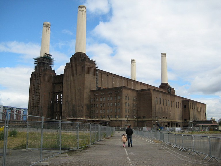 Battersea Power Station | © Phil Whitehouse / Flickr