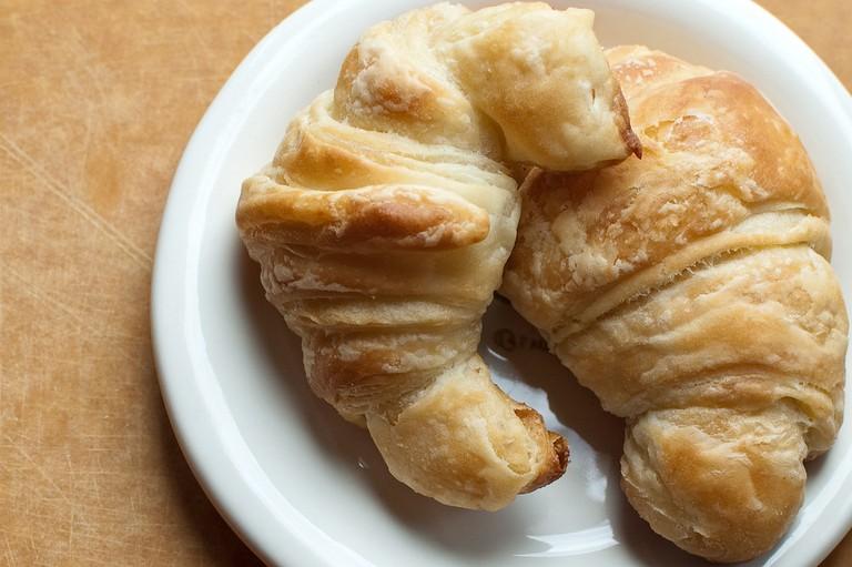 Croissants |© Molly Elliott/Flickr