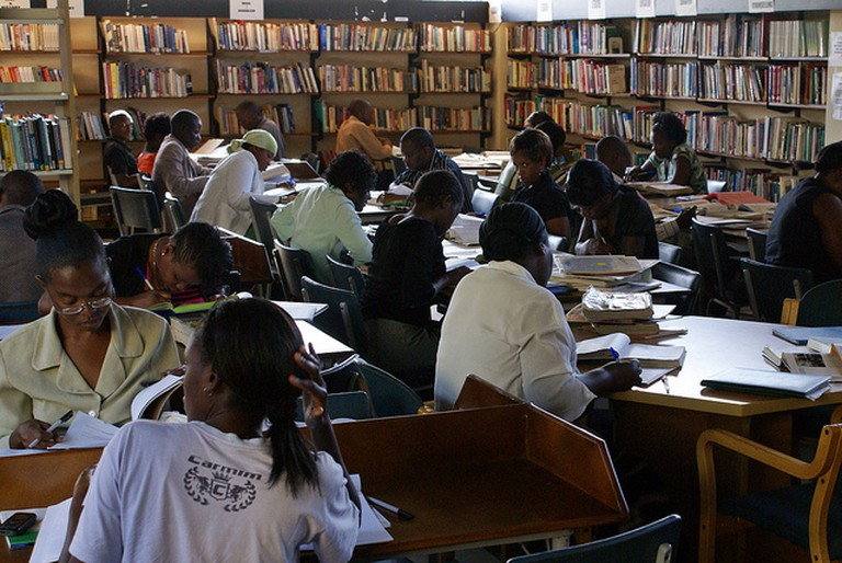 Books in Harare Regional Library I © Book Aid International/Flickr