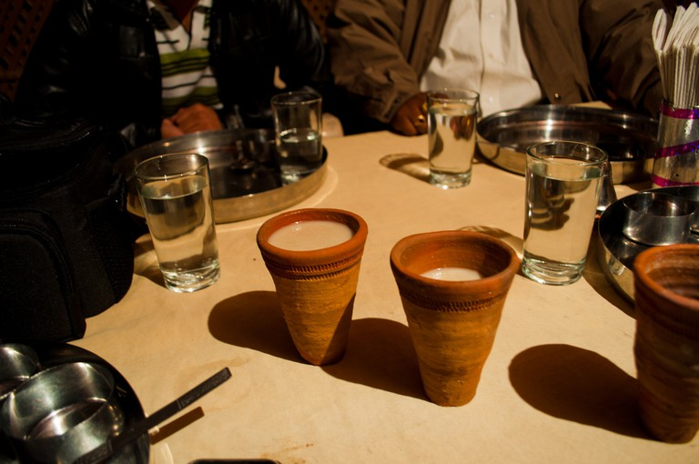 Lassi in earthen cups| © Rishabh Mathur/Flickr