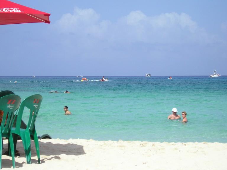 Cozumel Beach Bar| ©Kushboy/WikiCommons
