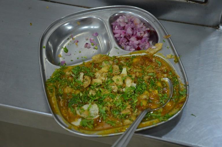 Ragda Pattice at Sharmajee's