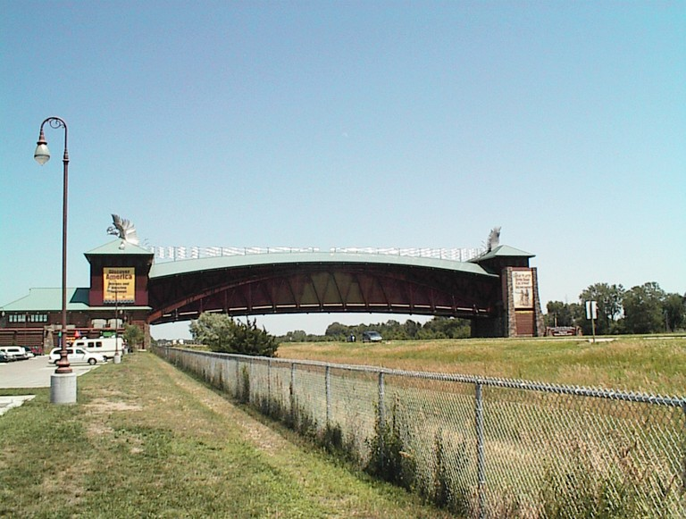 The Great Platte River Road Archway Monument, Kearney | © MMarshall/WikimediaCommons