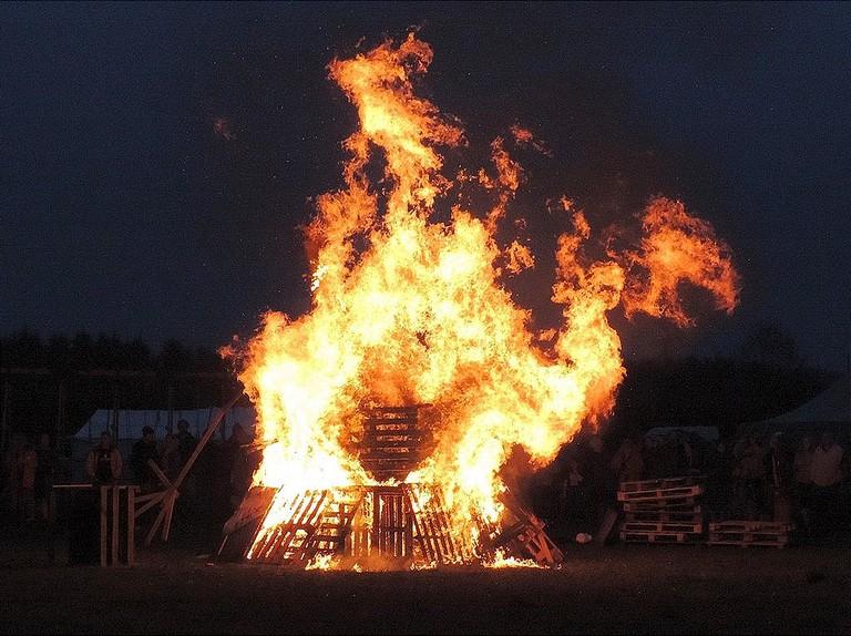 Beltane Fire Dragon wikicommons